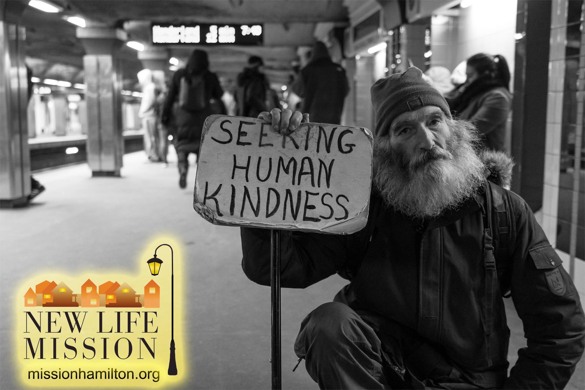New-Life-Mission-Hamilton-Ohio-Hope-for-the-Homeless-Man-with-sign-seeking-human-kindness-v3
